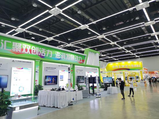 图为双创周杭州主题展示区。张煜欢 摄