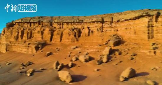航拍中国唯一火成岩风浊地貌 被称地质奇观博物馆