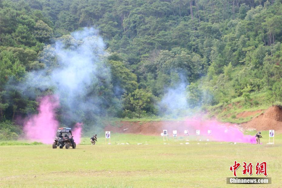 廣西警方反恐演習出動直升機 強化空地聯合作戰力