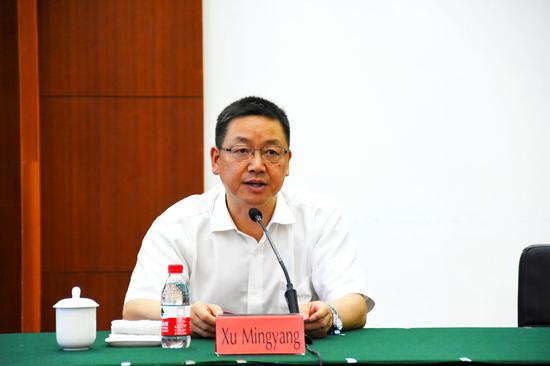 图为中共嘉善县委副书记、县长徐鸣阳致辞。  嘉善经开区供图