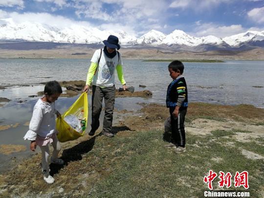 2019中国徒步大会帕米尔站启程 300名爱好者体验高山之旅