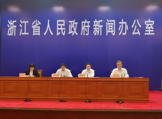 图为浙江县域医共体基本医疗保险支付方式改革新闻发布会。 张煜欢 摄