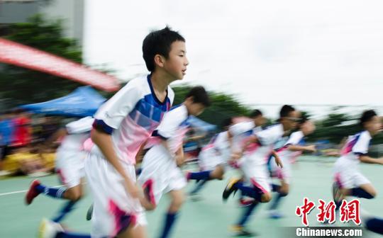 桂臺杯青少年五人足球賽在廣西北海舉行