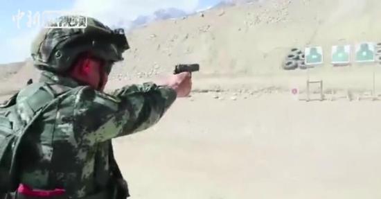 武警新疆总队某特战支队高原地区开展实战军事训练