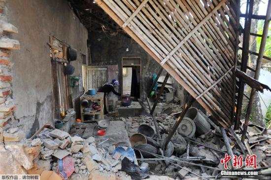 印尼万丹海域6.9级地震已致5人死亡223栋房屋受损