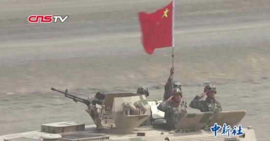 """國際軍事比賽-2019:7國鏖戰""""晴空"""" 中國名列第一"""