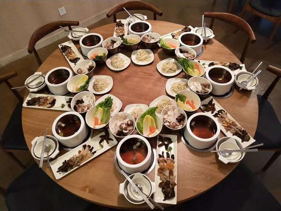 菌菇盛宴 周禹龙 摄