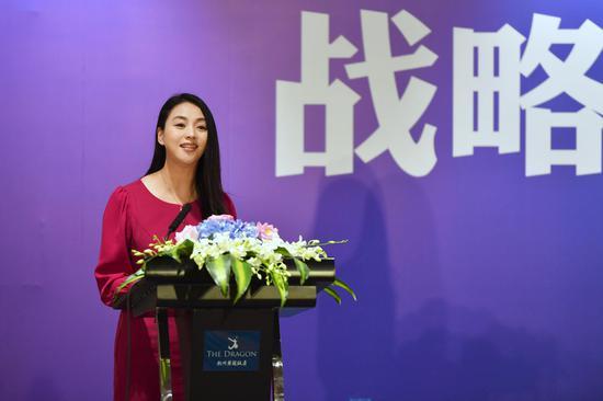 图为中国新闻社浙江分社常务副社长、总编辑柴燕菲致辞。 李晨韵 摄