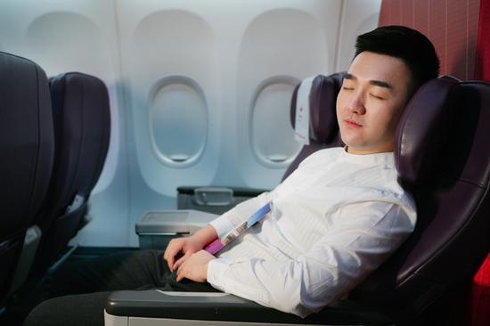 烏魯木齊航空于8月20日起在其國際航線正式推出公務艙