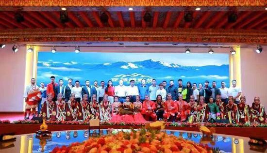 """新疆·喀什-西藏·阿里""""新藏线""""区域交流旅游联盟推介会"""