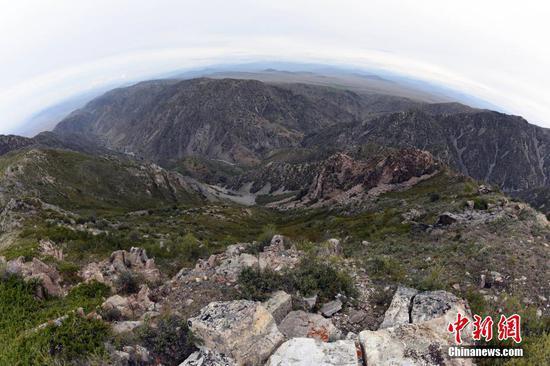 探访88年前新疆富蕴8级地震遗迹:震中断裂带场面壮观保存完好