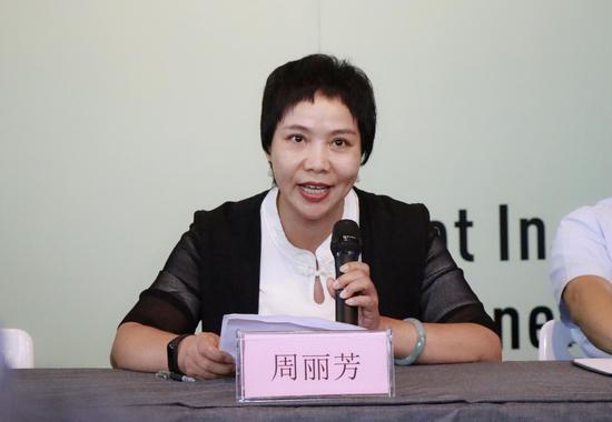 浙江艺术职业学院继续教育学院院长周丽芳致辞。韦佳杞 摄