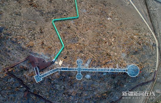 新疆哈密首条空中玻璃走廊即将开放