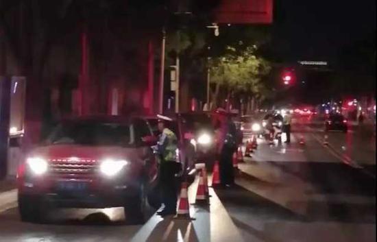 一个晚上银川22人酒后驾车被交警查获
