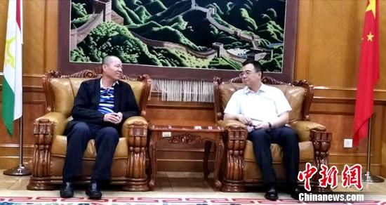 中国驻塔吉克斯坦大使刘彬会见中新社副社长夏春平一行