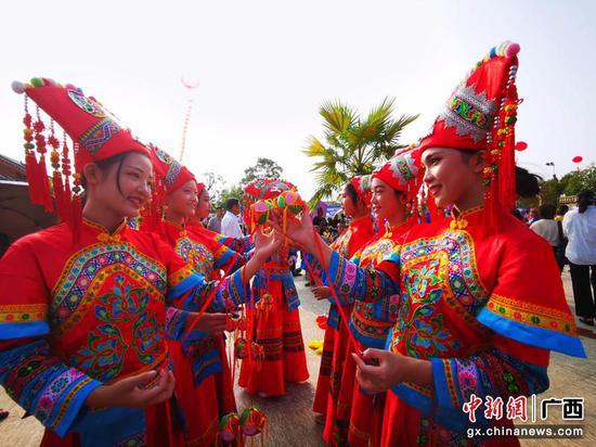 """廣西民眾慶祝""""中國農民豐收節"""""""