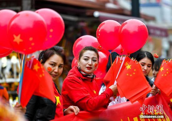 新疆民眾慶祝國慶節