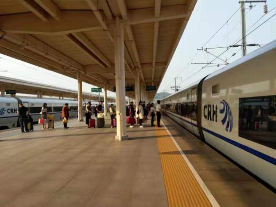 国庆期间义乌站共发送旅客416661人。 斯多林 摄