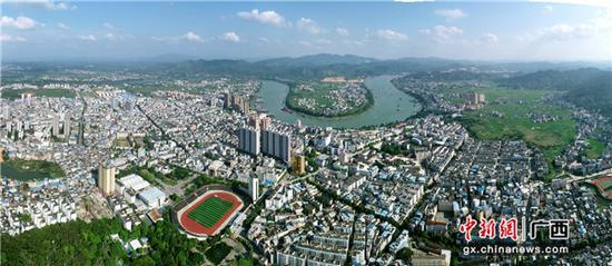 鸟瞰横县县城