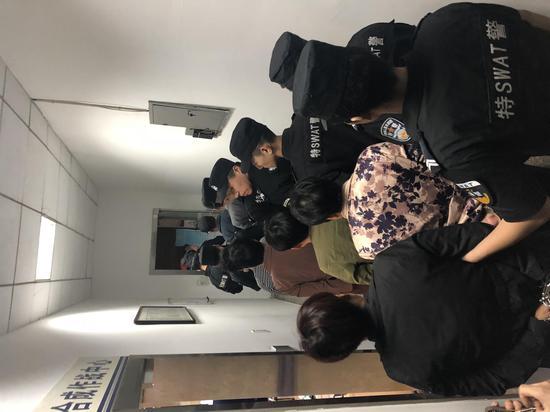 團伙涉嫌詐騙被抓。吳興公安提供