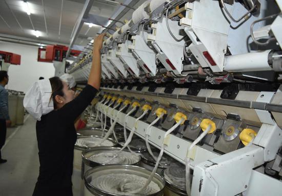 新疆首家亞麻紡織企業在庫車正式開工投產