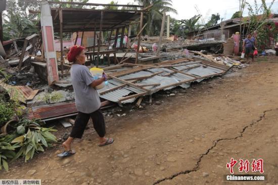 菲律宾强震已致7人死亡 系两周内第二次6级以上强震