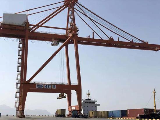 """市场采购贸易让温州港点燃了""""激情""""。 鹿城宣传部供图"""