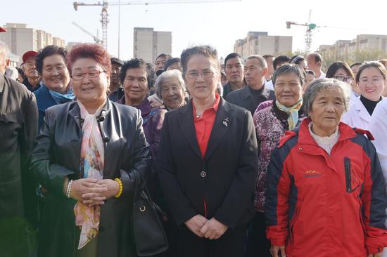 听说新疆克拉玛依市第三人民医院正式投入运营,当地民众都喜逐颜开。
