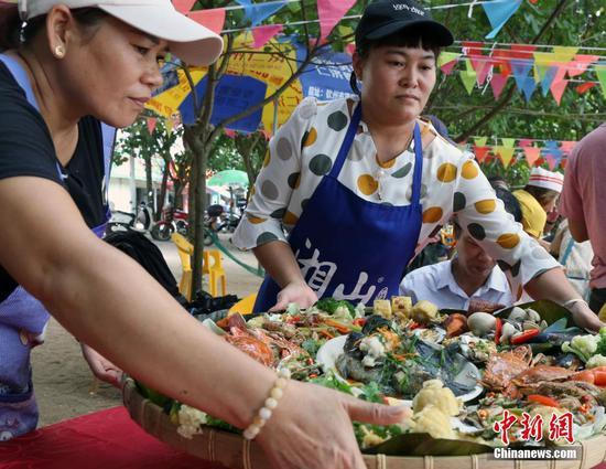 广西钦州三娘湾感受浓郁的渔家生活