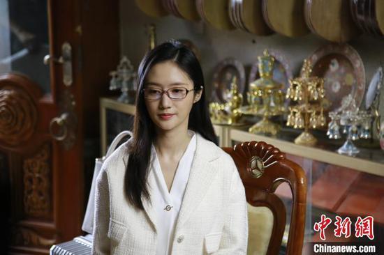 """演员韩与诺说,影片在多个有名的新疆""""旅游打卡地""""拍摄。《喀什古丽》剧组供图"""
