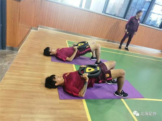 李国权、龙子望在积极训练备战。