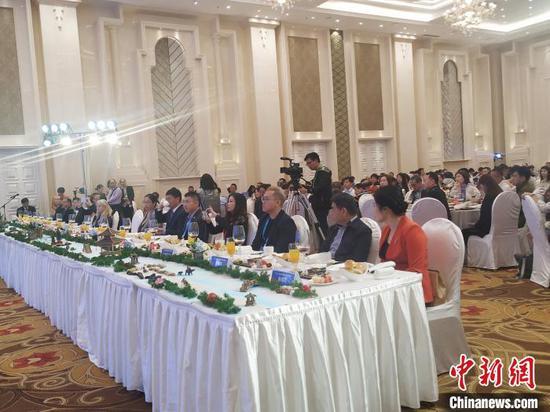 11月11日晚,2019首届入境游旅行商(桂林)采购大会开幕。 欧惠兰 摄