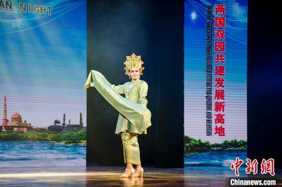 馬來西亞傳統服飾展示 翟李強 攝