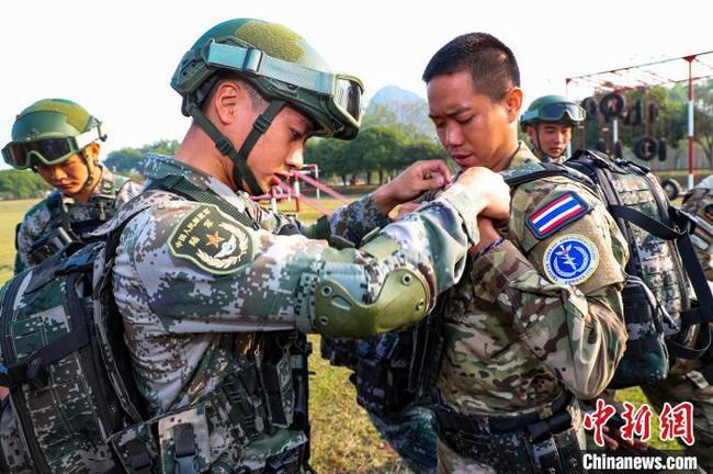 東盟防長擴大會反恐專家組聯合實兵演習