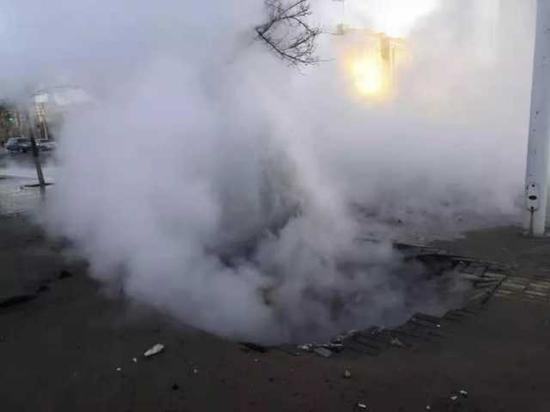 西夏區一供熱管網爆管 影響25個換熱站(附名單)