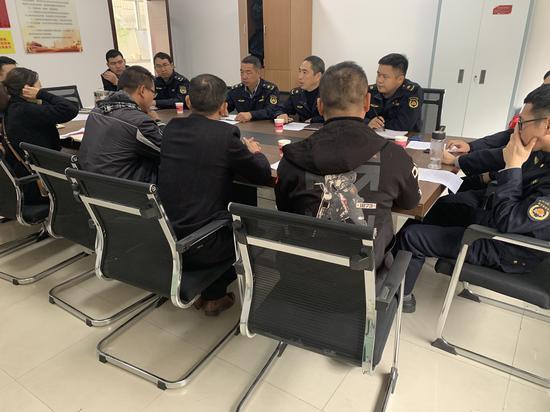图为:协调会 黄岩区综合行政执法局供图