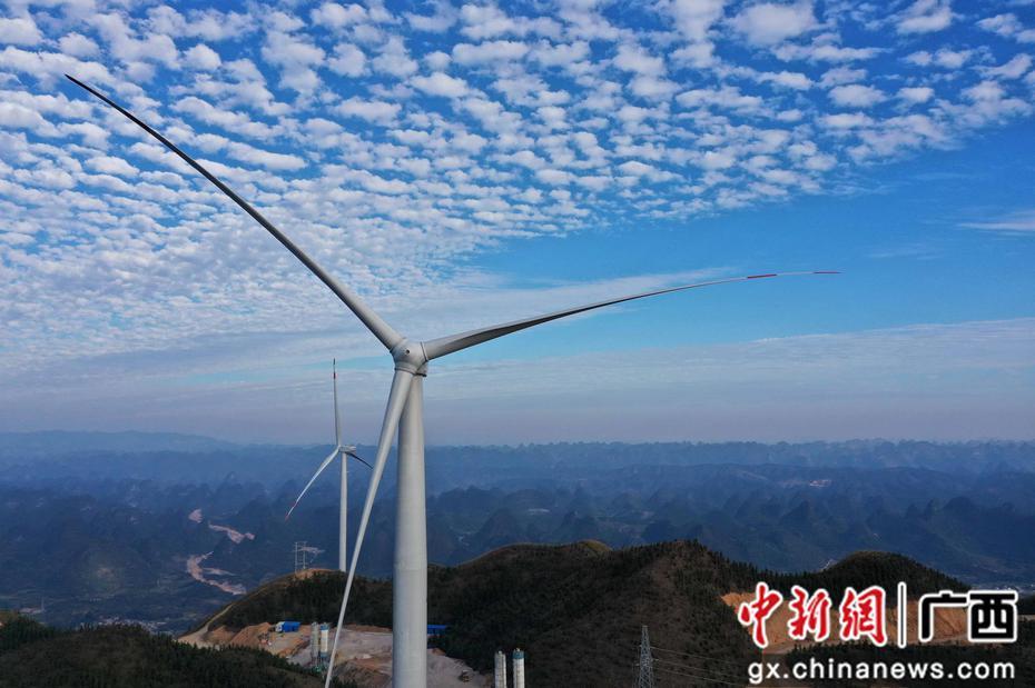 广西柳州首台风机向南方电网输送电力