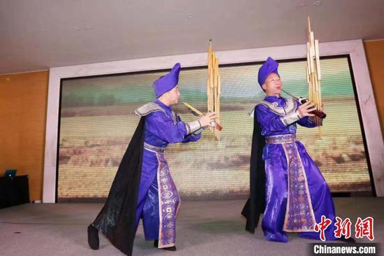 图为黔南州民族文艺表演。黔南州文化广电和旅游局(州体育局)供图