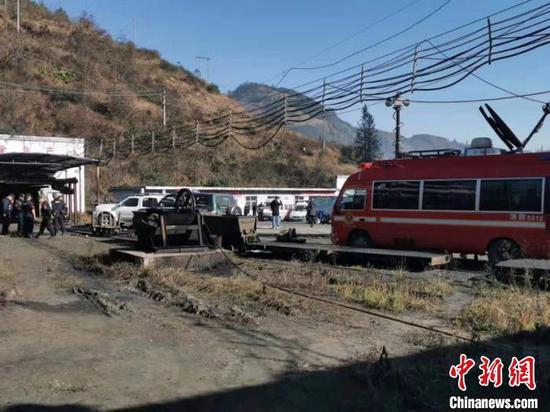 貴州安龍縣發生煤與瓦斯突出事故 14人遇難2人被困