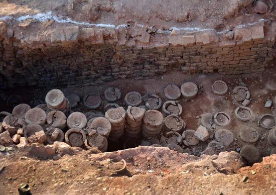 图为:溪里窑址考古发掘现场。张建成 摄