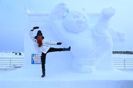 博湖县向你推荐几种与雪景拍照的新姿势