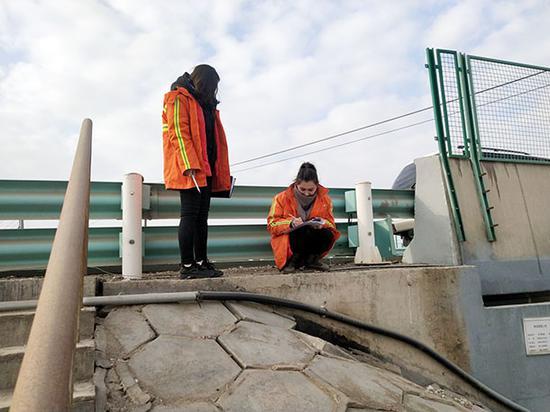 喀什公路管理局開展震后安全隱患排查