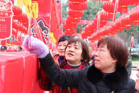 """浙江婺城""""红红火火中国节""""文化大过年百场"""