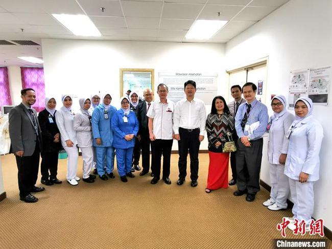 马来西亚首批确诊的4位病患康复出院