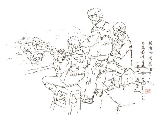 为组装防护目镜而忙碌的志愿者  张钟 摄