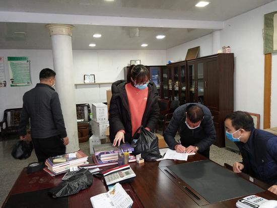 平阳创新推进产业链党建联盟建设,助力企业复工复产。 平阳县委组织部供图
