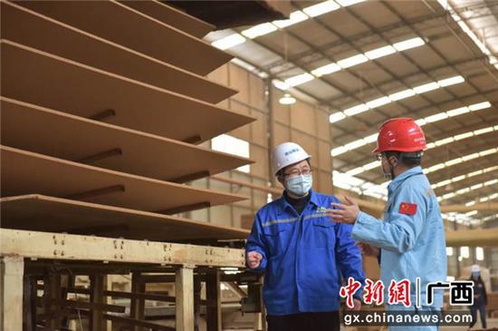http://image.cns.com.cn/xinjiang_editor/transform/20200311/4kHP-fzufups9228278.jpg