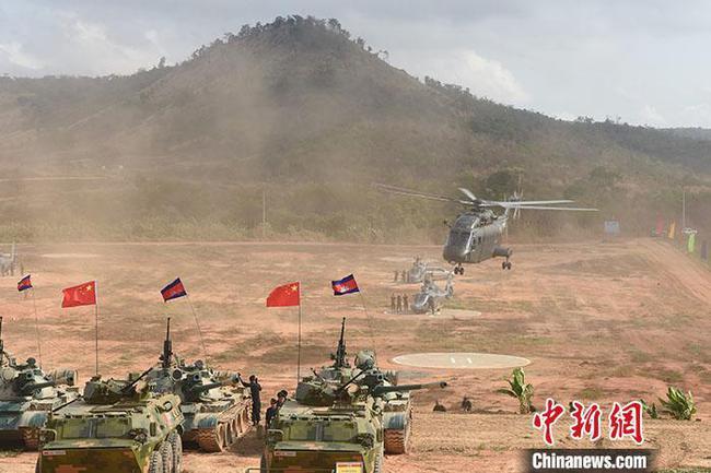 """""""金龍-2020""""中柬兩軍聯合訓練在柬埔寨開訓"""