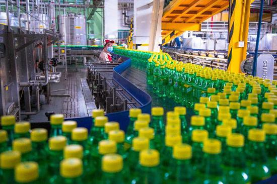 装瓶厂生产车间图