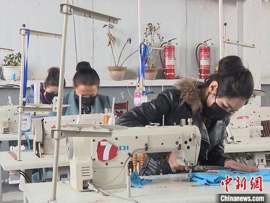 新疆阿克苏地区345家企业获信贷资金支持